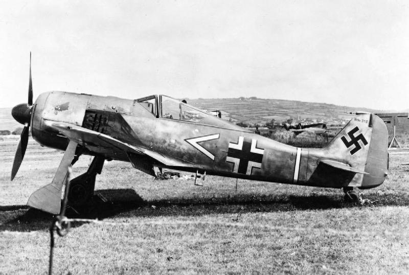 "One of the aircrafts that flew the ""final missions"" (Focke-Wulf Fw 190s) (photo)"