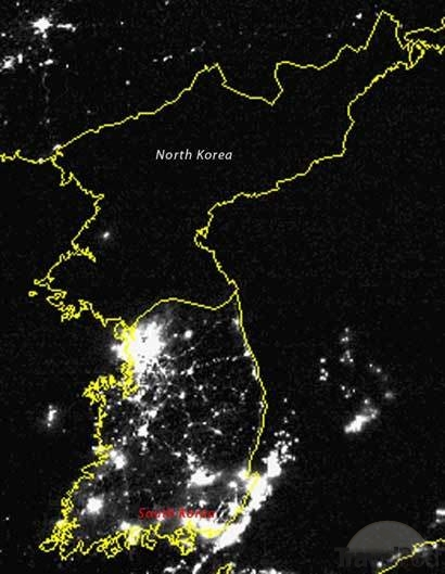 The two Koreas in a satellite photograph (photo)