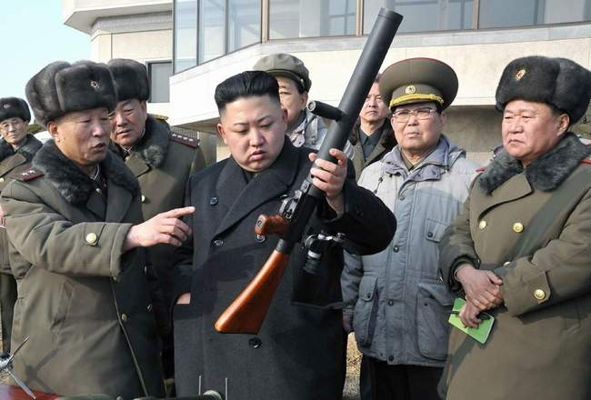 Kim Jong Un during one of his inspections. (photo)