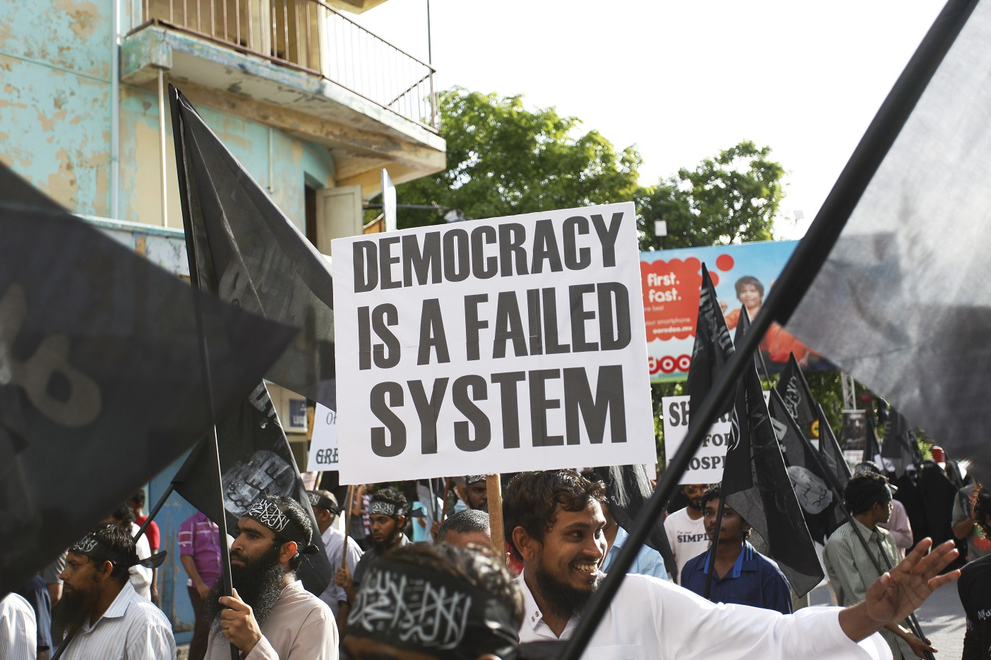 Protests in Maldives, 2014 (source)